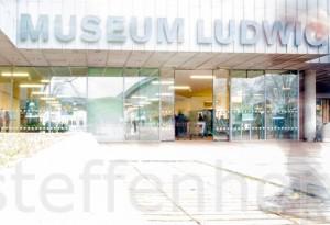 Kommen und Gehen am Museum Ludwig in Köln 05 © Steffen Hopf