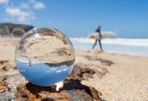 Strandfeeling - Glasmurmel mit Surfer