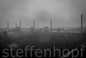 Zeche Zollverein Fabrikschornsteine von Steffen Hopf