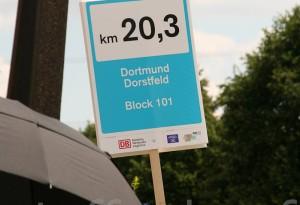 Ruhrmetropole Still-Leben A40 Kilometer 20,3 von Maud Leusner.