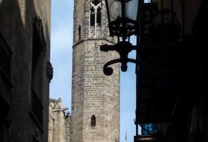Hinter der Kathedrale von Steffen Hopf.