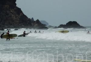 Algarve – Surfer am Strand