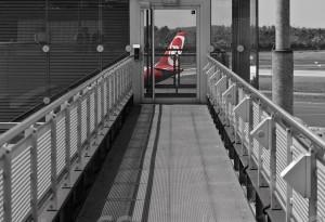 Tower am Flughafen Duesseldorf 02 von Steffen Hopf.