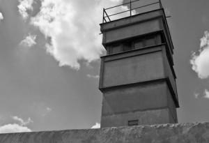 Gedenkstaette Berliner Mauer, Bernauer Strasse, Wachturm von Steffen Hopf