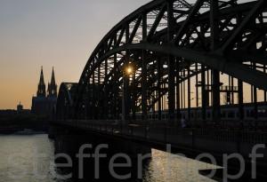 Koelner Dom und Hohenzollernbruecke 01 von Steffen Hopf