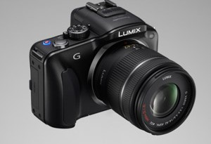 Panasonic Lumix G3 - seitliche Aufnahme (Bild: Panasonic)