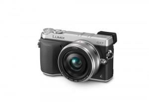 Panasonic Lumix DMC-GX7 - von vorn (Bild: Panasonic)