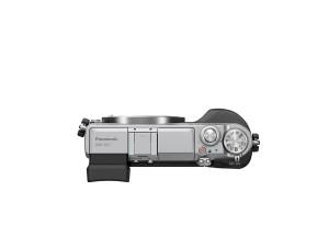 Panasonic Lumix DMC-GX7 - schwarz-silber, von oben ohne Objektiv (Bild: Panasonic)
