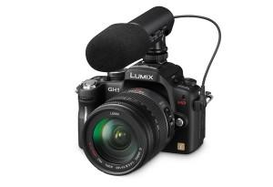 Panasonic Lumix DMC-GH1 - seitliche Aufnahme von oben mit externem Mikrofon (Bild: Panasonic)