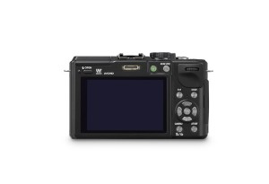 Panasonic Lumix DMC-GX1 - schwarz, von hinten mit Display (Bild: Panasonic)